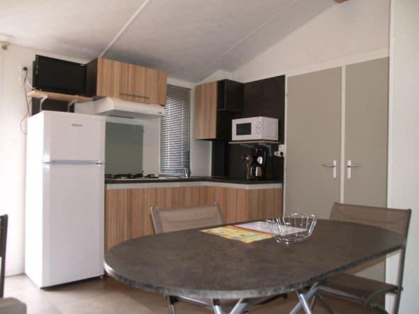 location mobilhome au camping 4 étoiles à Argeles sur mer : cuisine