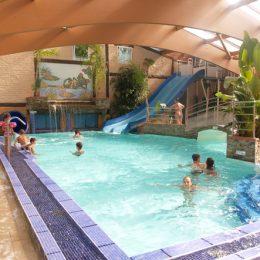 Camping 4 étoiles avec piscine couverte